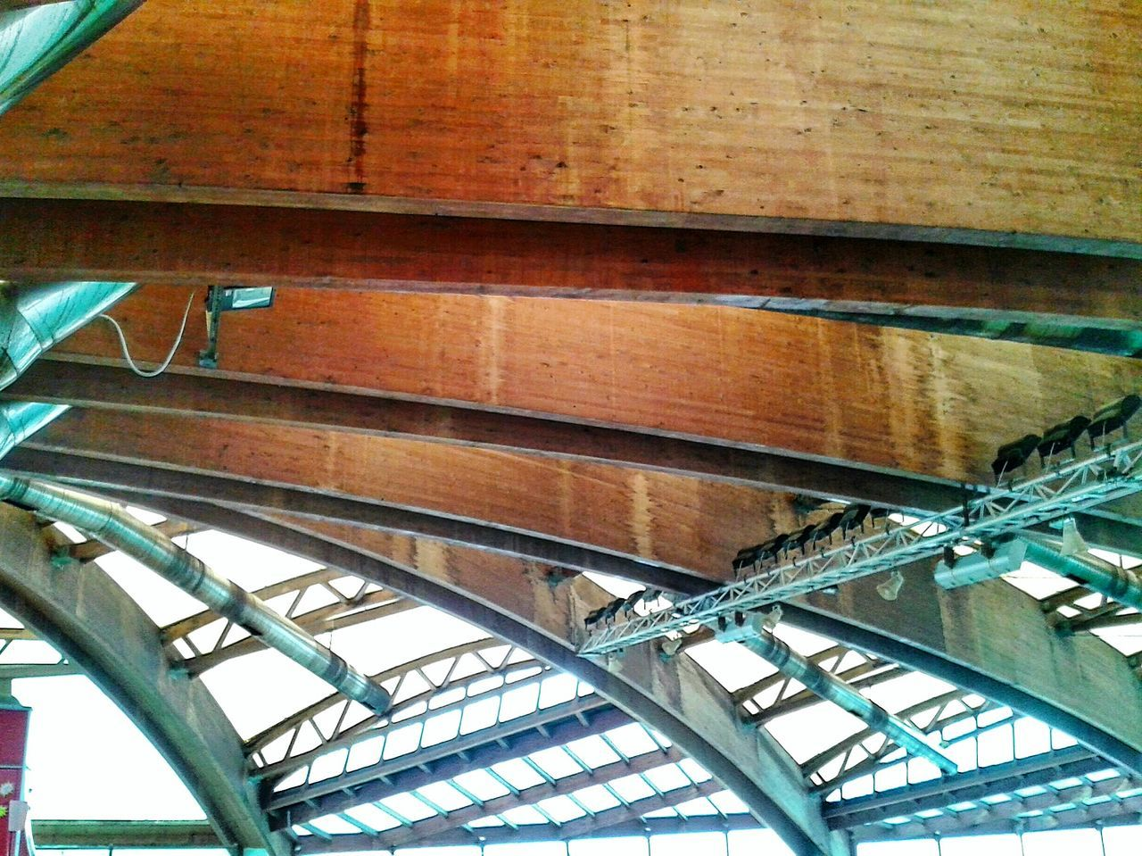 """ Metal Wood & Plexiglass Sliding Roof"". Built Structure Metallo Legno Tetti  / Piscina I Delfini di Genova-pra/ Fascia Di Rispetto / Architecture Copertura Lines & Curves Mobile Photography S3mini Camerazoomfx in HDR shooting mode: Exposure Bracketing Eyeemfilter F3"