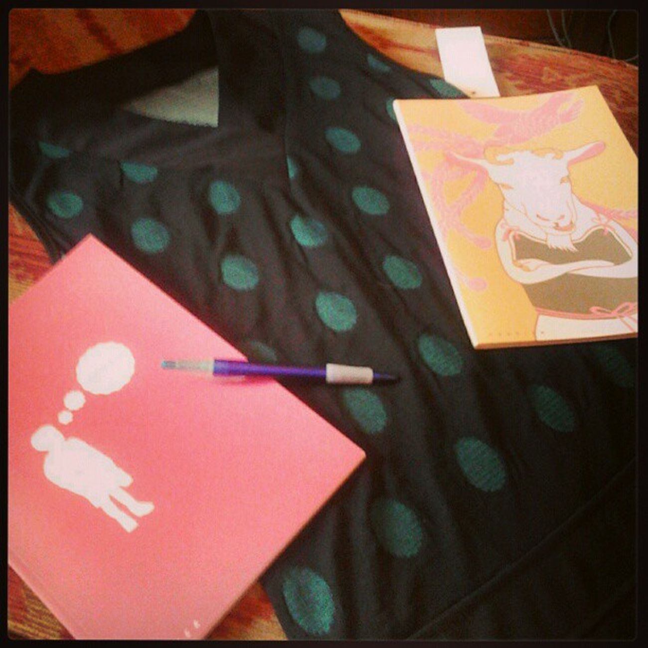 Shopping da Hipster al mercato! yay! Vitadahipster Dress quaderni pink pois green