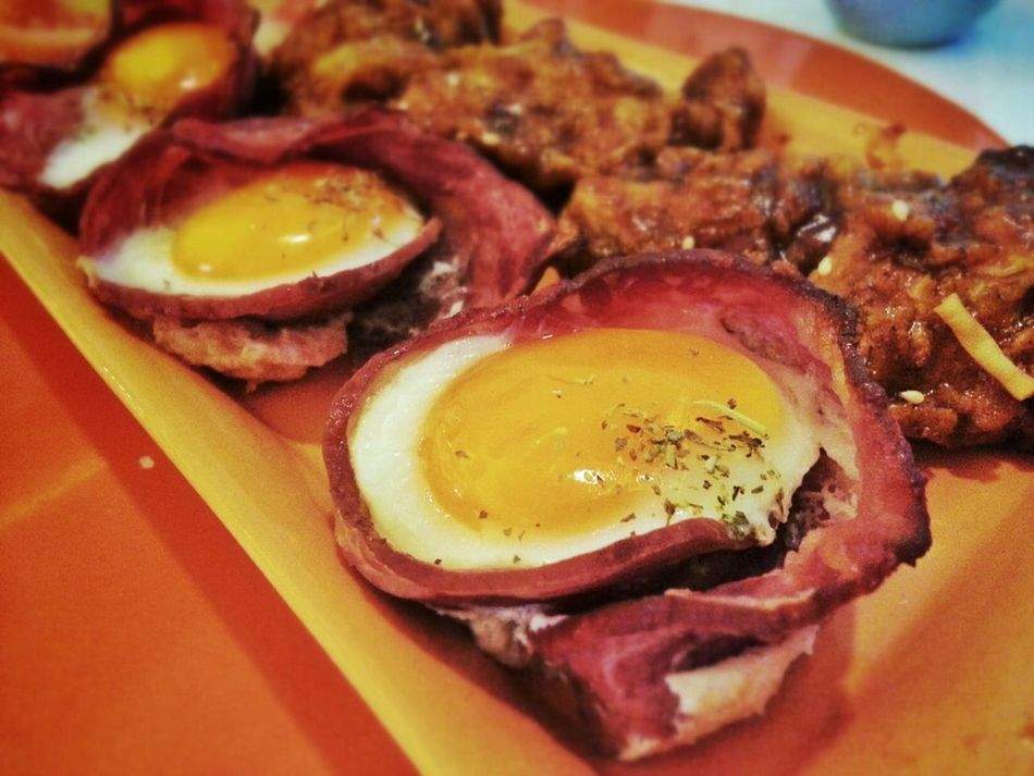 Egg, Bacon And Wings