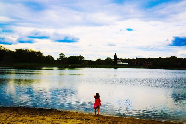 London Ruislip Lake Red Cloud Clouds Meditation Peace Peace And Quiet Relaxing People And Places