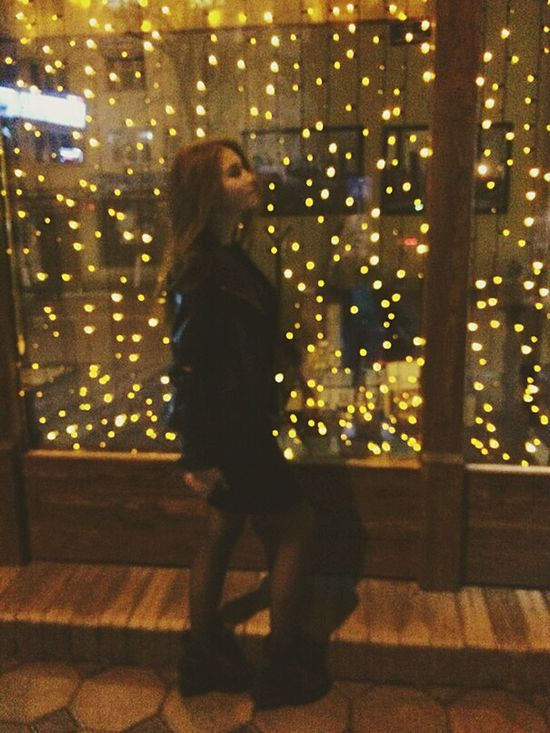 People - lanterns, illuminate its beauty and tenderness Night Illuminated Lanterns