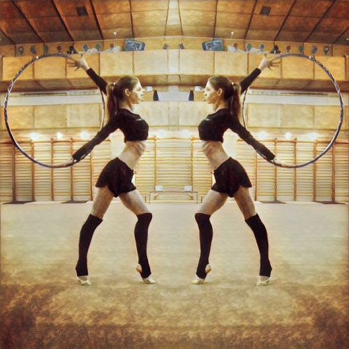 Rhythmic Gymnastics❤️ Two People Full Length Adults Only Only Young Women Young Adult People Competition Ballet Young Women Indoors  Adult Day Ballet Dancer Rhythmic Gymnastics Gymnastics Girl Hoop Lifestyle Sport