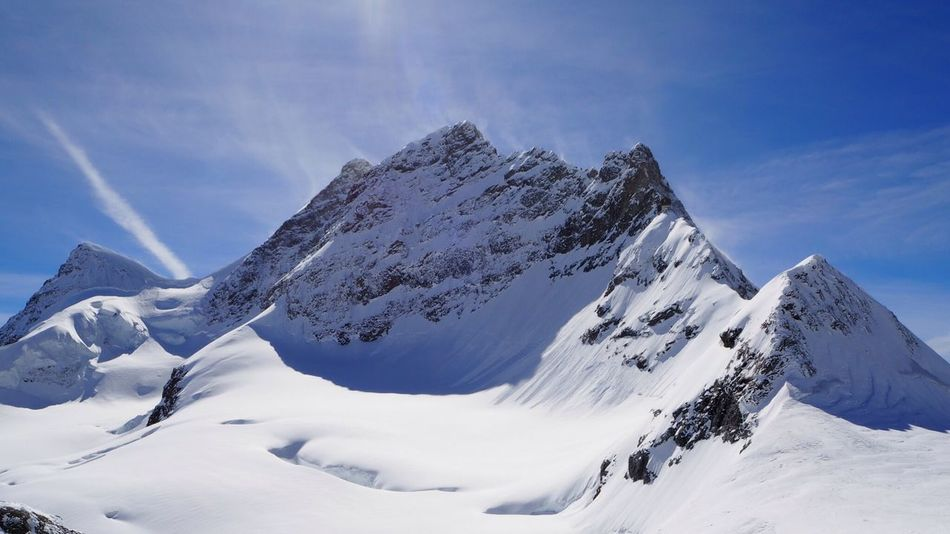 EyeEmNewHere Jungfrau Jungfraujoch Jungfrau - Top Of Europe Jungfrajuch Mountain Snow Nature Beauty In Nature Landscape Outdoors Cold Temperature Scenics Winter