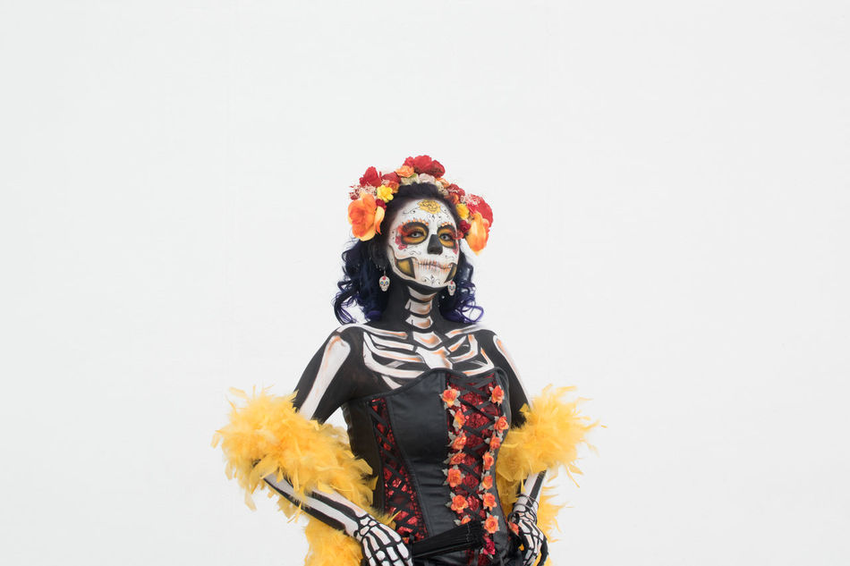 Catrina Arts Culture And Entertainment Carnival Catrina Catrina Day Of The Dead Celebration Costume Cultures Day Dia De Los Muertos DIA DE MUERTOS Face Paint Flower Halloween Headdress Looking At Camera Make-up One Person People Performance Performing Arts Event Stage Make-up Studio Shot Tradition