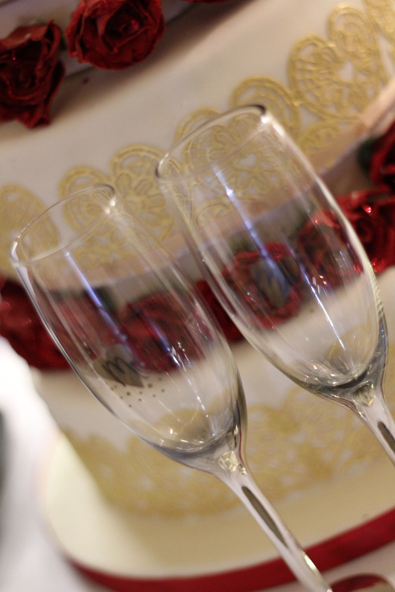 Wedding Day Scene Alcohol Champa Champagne Champagne Flute Close-up Day Drink Drinking Glass Food Food And Drink Freshness Indoors  No People Red Refreshment Wedding Wedding Cake Wedding Day Wedding Photography Wine Wineglass