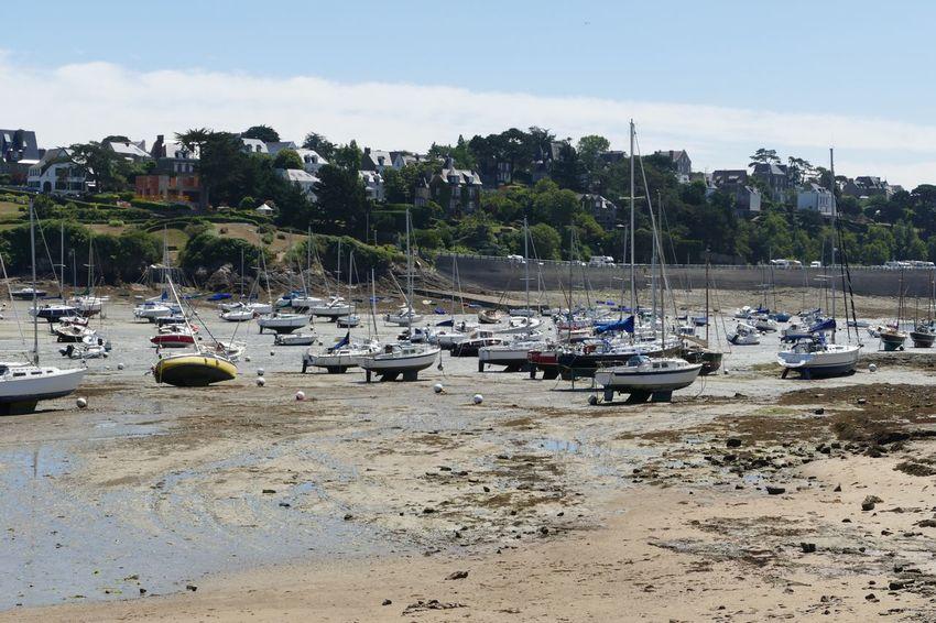 Nautical Vessel Moored Boat Harbor Tidesout Boats Boats⛵️ Boats And Moorings Boats And Sea