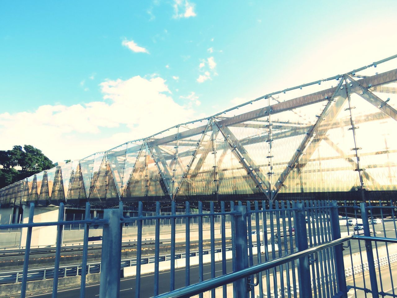 bridge - man made structure, architecture, built structure, connection, sky, transportation, low angle view, no people, day, bridge, outdoors, place, city, nature