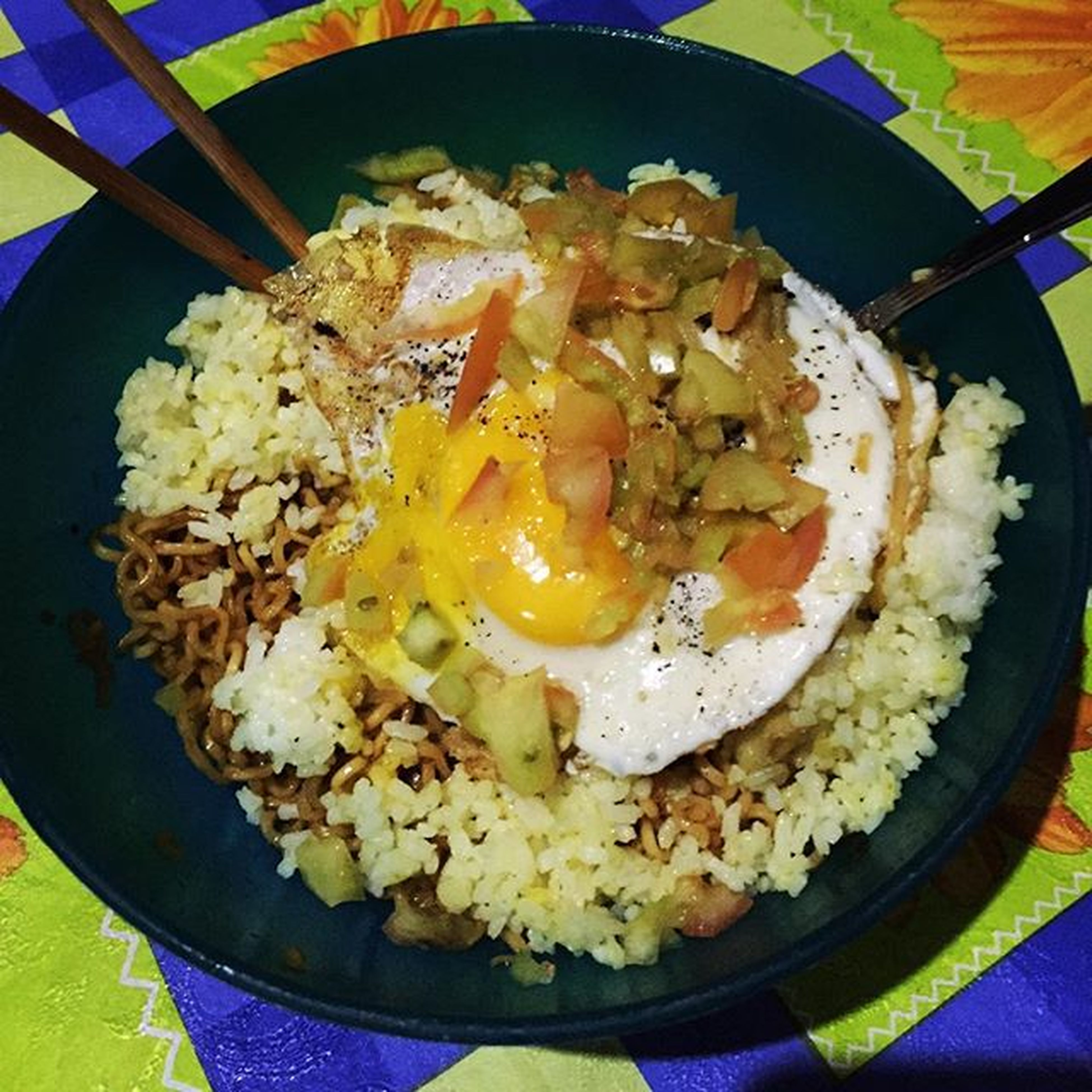 Pancit Canton with Curry Rice topped woth egg and chopped tomatoes. FridayNightEats