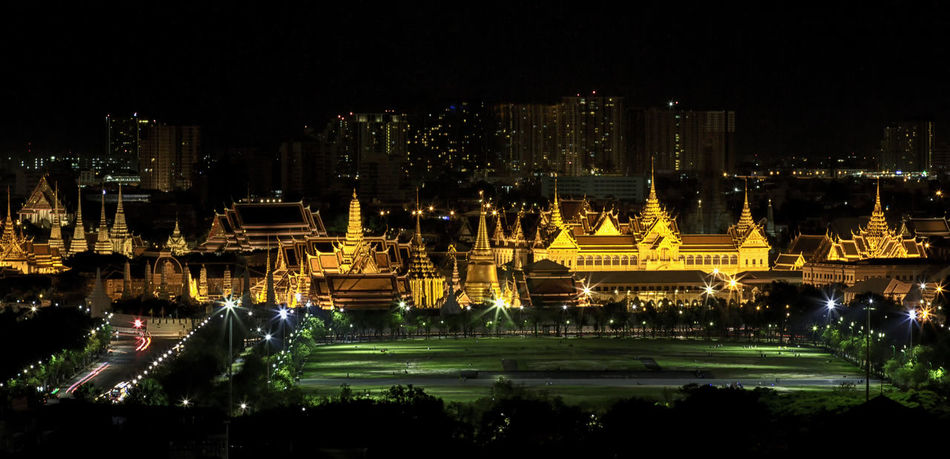 Heavenly Bangkok Architecture Cityscape CITYSCAPE By CHAO PHAYA RIVER Dark Emerald Buddha Temple, Grand Palace Bangkok Grand Palace Bangkok Thailand Heaven Illuminated Nightscape B Outdoors Sanam Luang Bangkok Tourism Travel Destinations Wat Phra Keo Bangkok