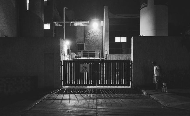 Night Building Exterior Street Street Light Outdoors Leicadualcamera P9photography Davella_m Bnw_drama Monoart_ Bulterrier Hypebeast  Walking The Dog Bucaramangacolombia
