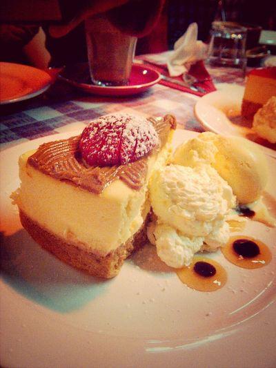 New York cheesecake! Cheesecake Time For Dessert! Foodphotography Dessert... Mmmmm Yum Yum