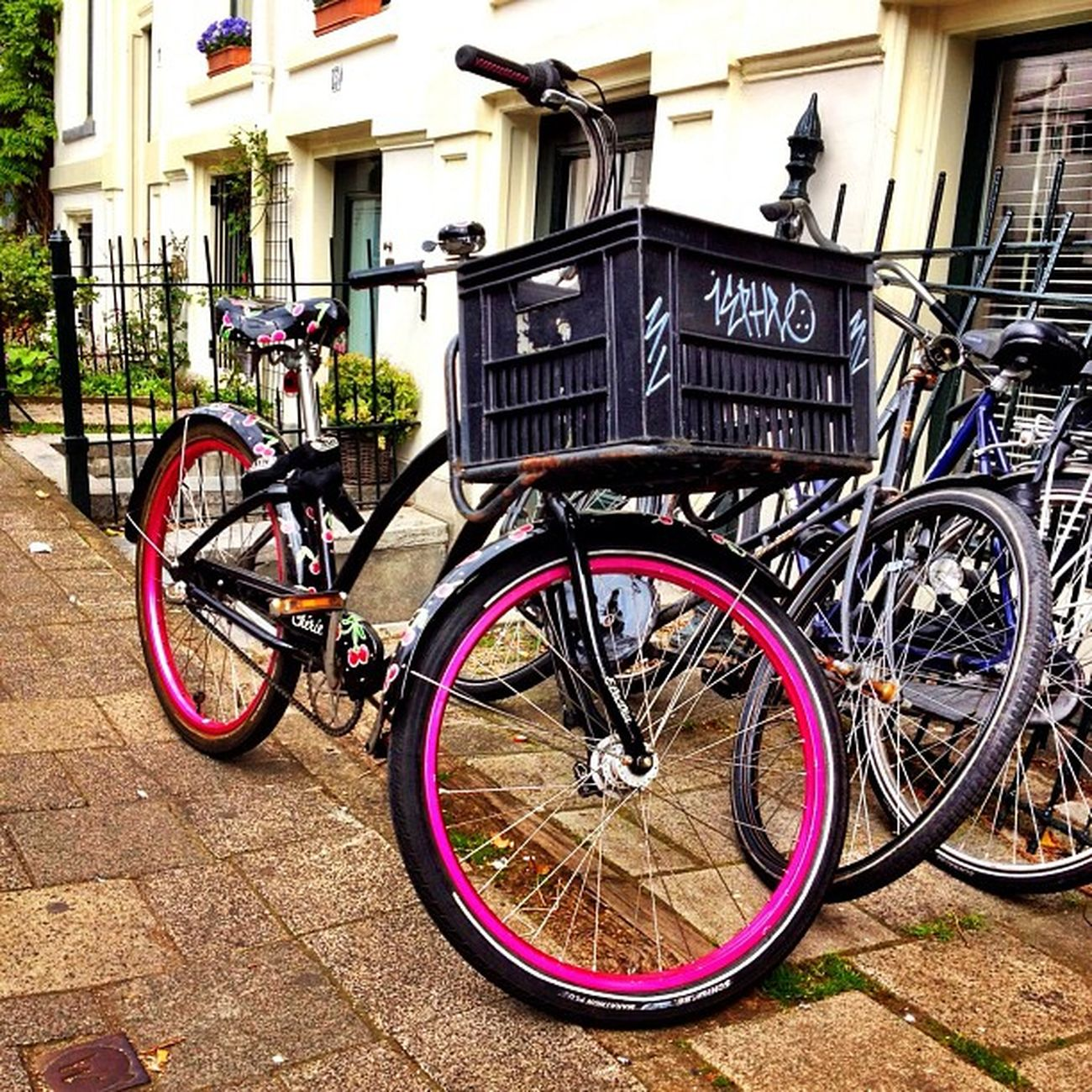 another #dutch #bike in #amsterdam ? #jj_forum #jj #igersholland #holland #ubiquography #pink Amsterdam Holland Bike Pink Dutch Jj  Jj_forum Ubiquography Igersholland