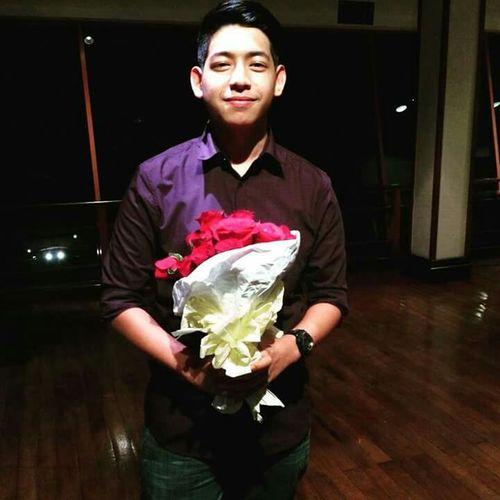 Flowerless Guy Hihi