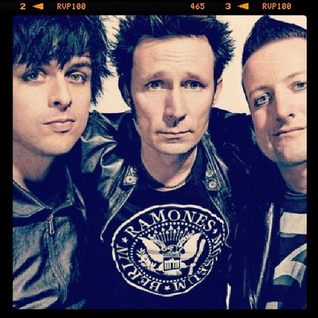 Grenday Billiejoearmstrong TreCool Mikedirt good music favourite band Punkrock my life Forever Love