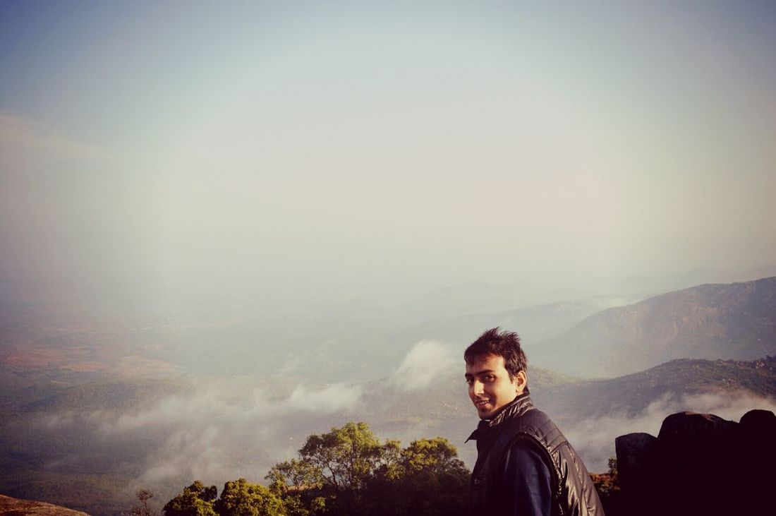 snapchat: akshaybafna3734 ping me hereHanging Out Taking Photos Check This Out That's Me Hello World Relaxing Enjoying Life Love Is In The Air From My Point Of View The Picture Says It All  Eyem Best Shots Chek This Out  Selective Focus My Unique Style Expectional Photography Living The Dream Cheese! Adventure Time Awesome_view Mountain View Foggy Morning Show Us Your Takeaway! Creative Light And Shadow Nikonphotography Incredible India
