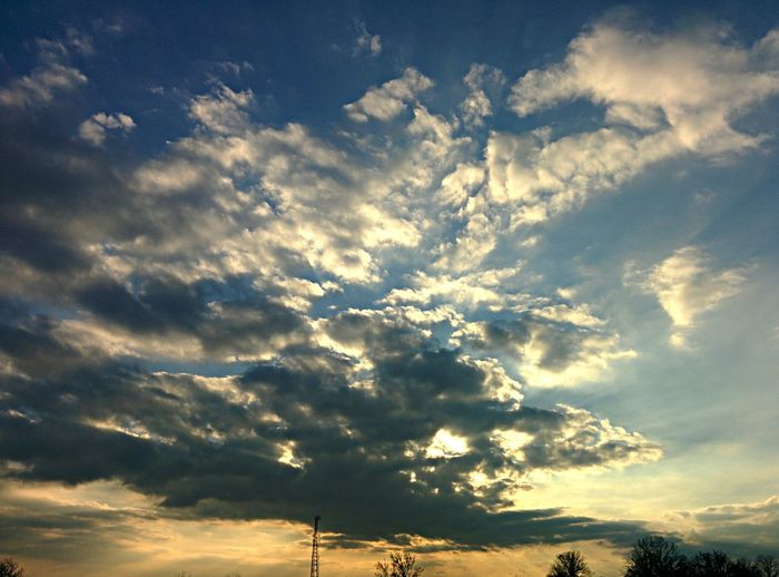 Nature BrightSunnyDay Sunset The Sky Fascinates Me....