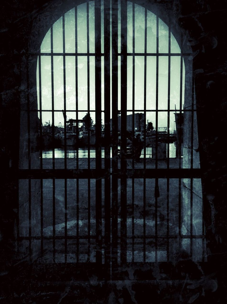 We simply pass unseen through brief moments of life of others. [Robert Maynard Pirsig] 😎 Window Indoors  Security Bar Day Prison No People Prison Cell Prison Bars Architecture Tumbler Nightphotography EyeEm Best Shots Showcase: April