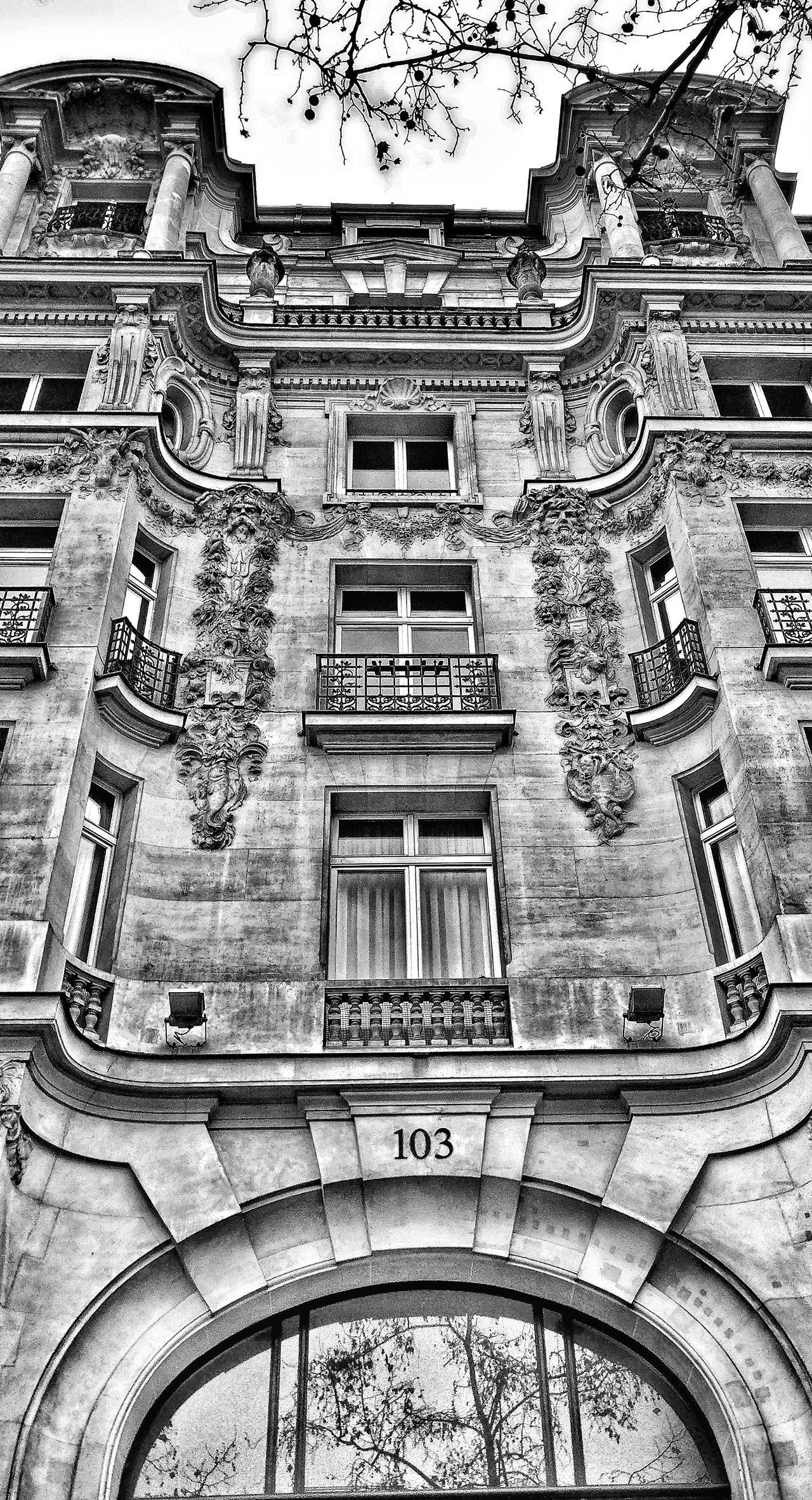 Built Structure No People Day City Oneplus3 Snapseed PhonePhotography France 🇫🇷 Paris Architecture Outdoors Champselysées Plus Belle Avenue Du Monde