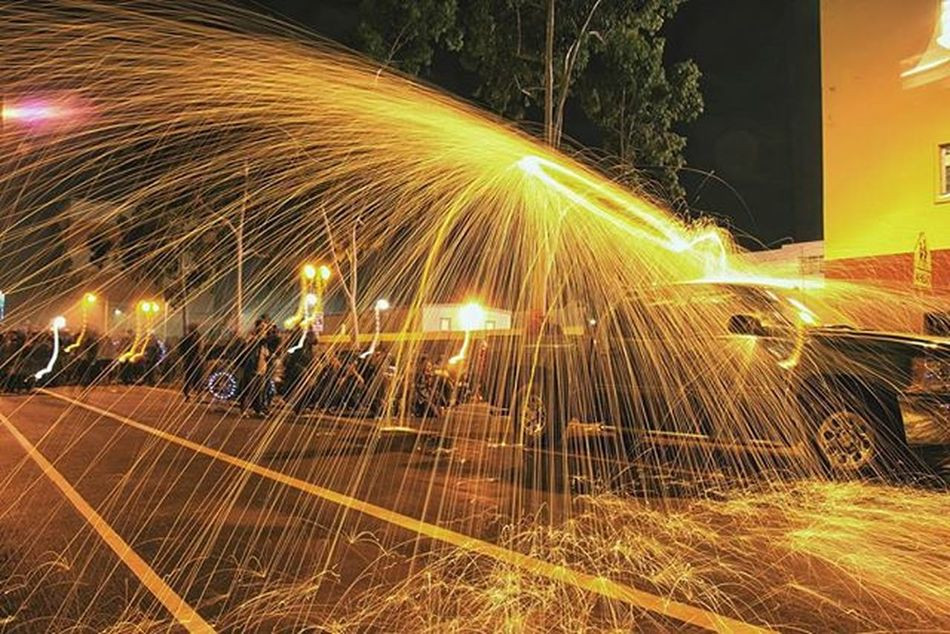 First time shooting some steel wool action, Cant wait for the next meet 💯😁 Flaskmob Runwiththemob Agameoftones Conquer_la Invade_la Exploresofphotography Artofvisuals ExploreLA Citykillerz Sck_exposures Illgrammers JJ_LosAngeles Jj_daily _heater Mastershotsla Ourplanetdaily Heatercentral Socalshooters Thecityscout Uglagrammers Underatedgrams Visualsoflife Way2ill Weshootla Streetcollectors streetdreamsmag wheream_i_la weownthenight_la lightup_la kings_shots