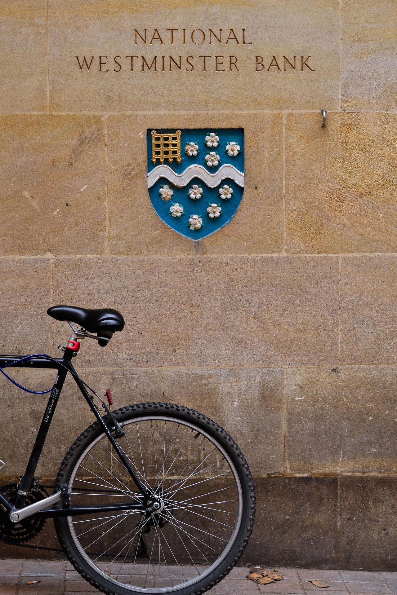 Bicycle Blue Cycling England Heraldry Wall Westminster