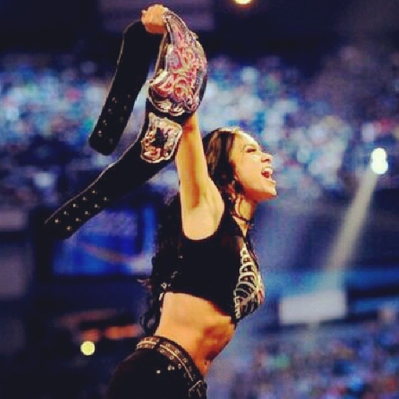 Sayang retained her title. Yeayyy!!! Still the Diva's Champions. Thegreatestever .