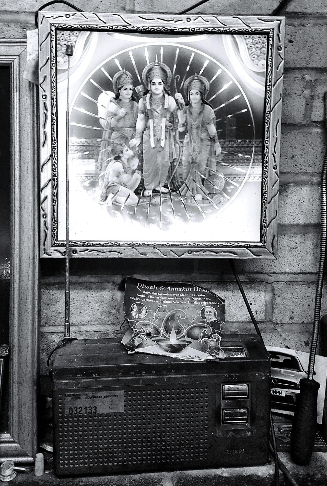 Indoors  Deity Decisivemoment The Way Forward Blackandwhite Mandir Hinduism