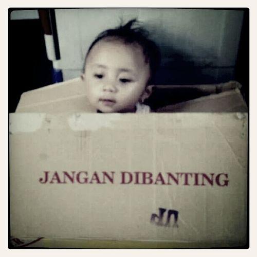 becarefull Baby Mayza Mizz Nunuy Kiddo Have Fun EyeEm Indonesia My Beautiful Niece  Niece 💕 Part Of My Life  Heaven On Earth Details Of My Life