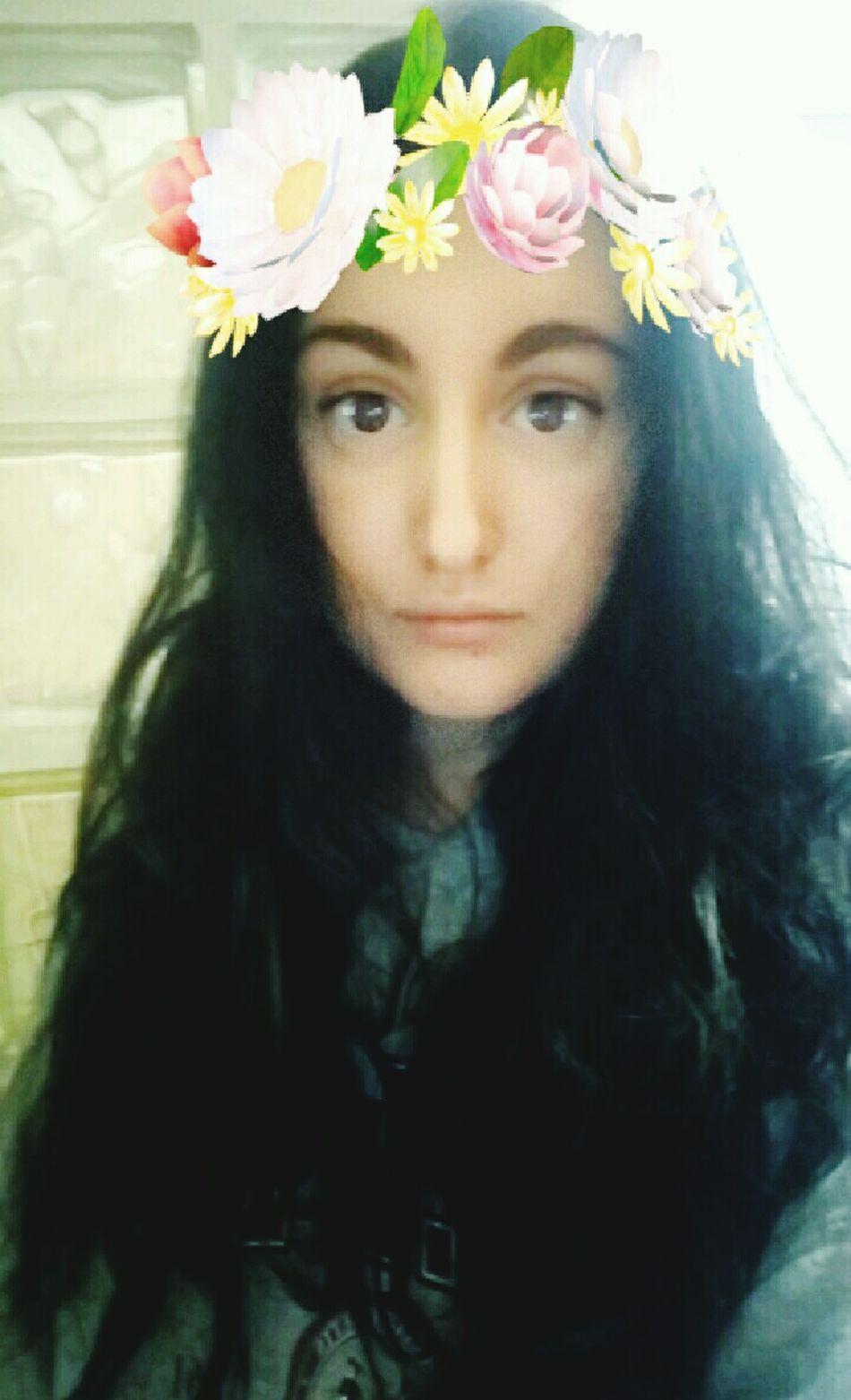 Feeling pretty and feeling sick, good.. Flower Long Hair Beauty Beautiful Woman Young Adult Sexygirl Sexylady Young Women Beautiful Girl Feellikeamodel Snapchat Selfies Feellikeadiva Model Girl SexyGirl.♥ No Make-up No Makeup Cutegirl