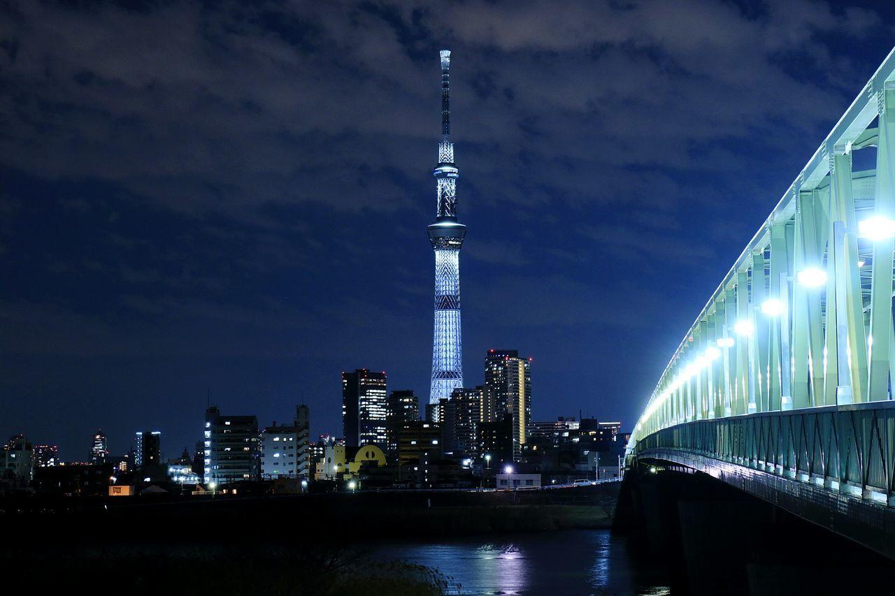 Night Nightview Nightphotography Nightscape Illuminated Tokyoskytree Tokyo Japan Skytree Bridge Lights Lightpole Skyscraper Tower Urban Landscape