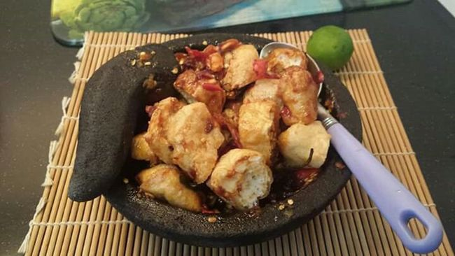 delicious traditional food of culinary indonesia Indonesian Culinary Traditional Food Tahugejrot Delicious Food Check This Out Happyfun Happyeating HappyFastingDay
