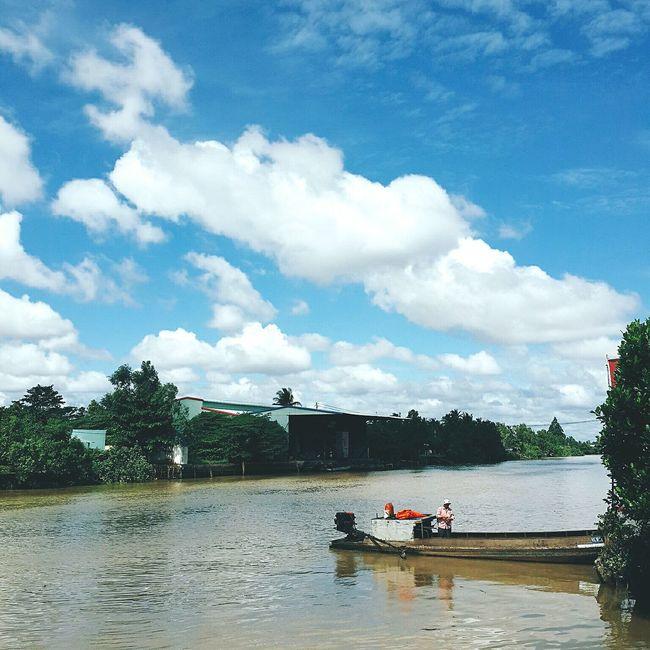 Binhminh Vinhlong Southernvietnam Vietnam Sunnyday Blue Sky Beautifulsky Beautiful Niceday Antran Saturday 30072016