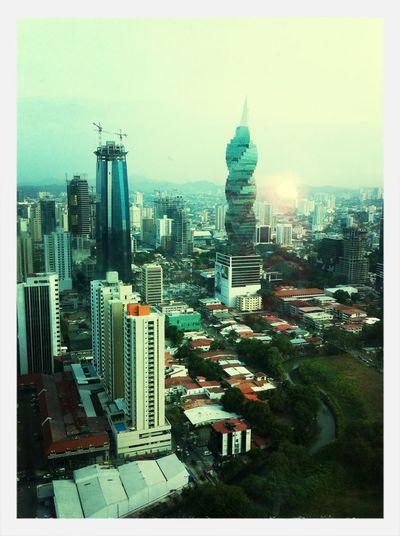 Panamá Edifices  Tornillo