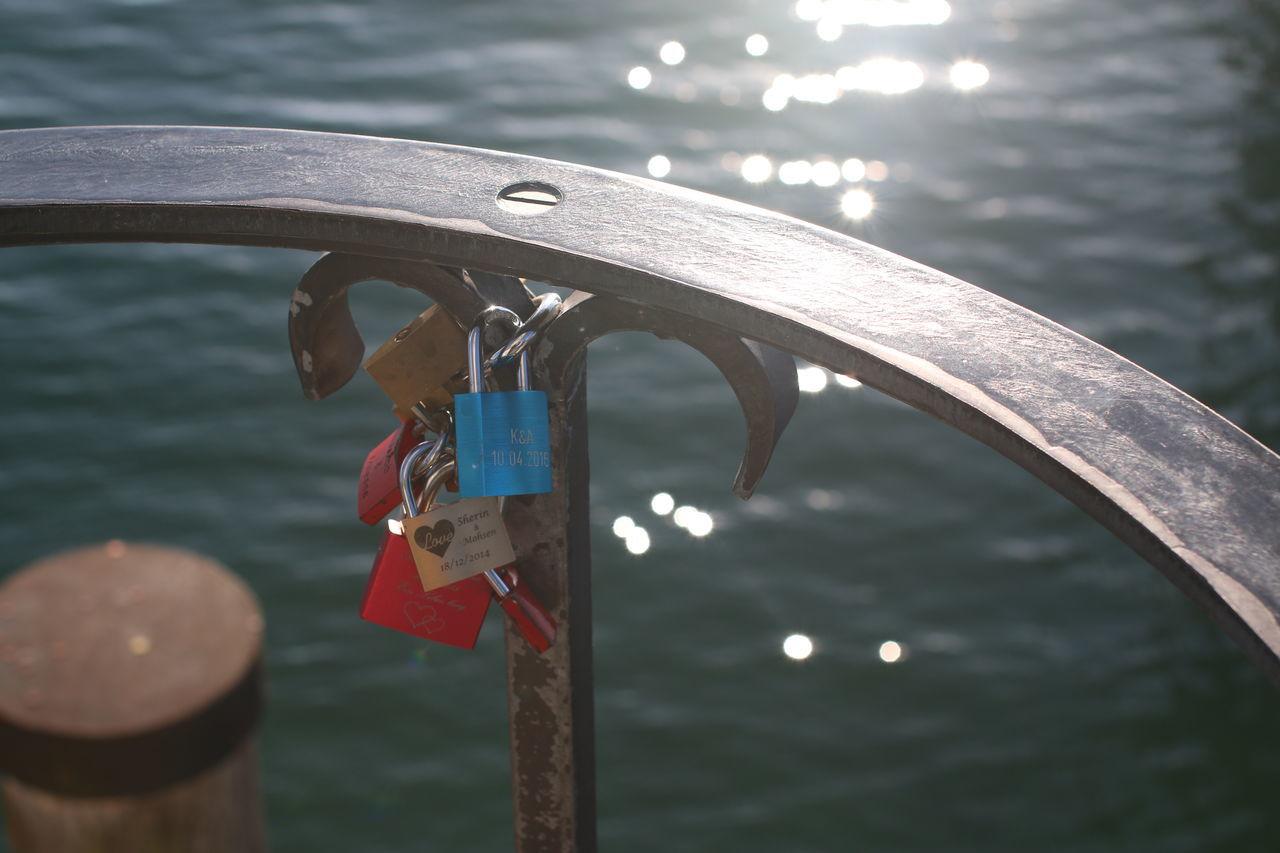 BayerischerLöwe Deutschland Gravur Liebe Liebesschlösser Lindau Lindau Bodensee Lock Love Vorhängeschloss Water