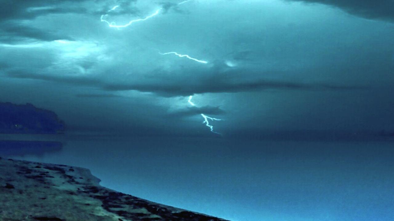 Lightning Storm Cloud Storm Lake Storm Lake Stormy Sky Stormscape
