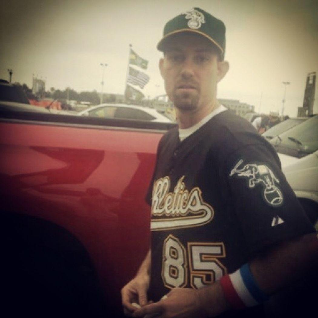 Good Bday present an Athletics win over the Yankees. Oakland OaklandAthletics As odotco greencollarbaseball greenandgold 33