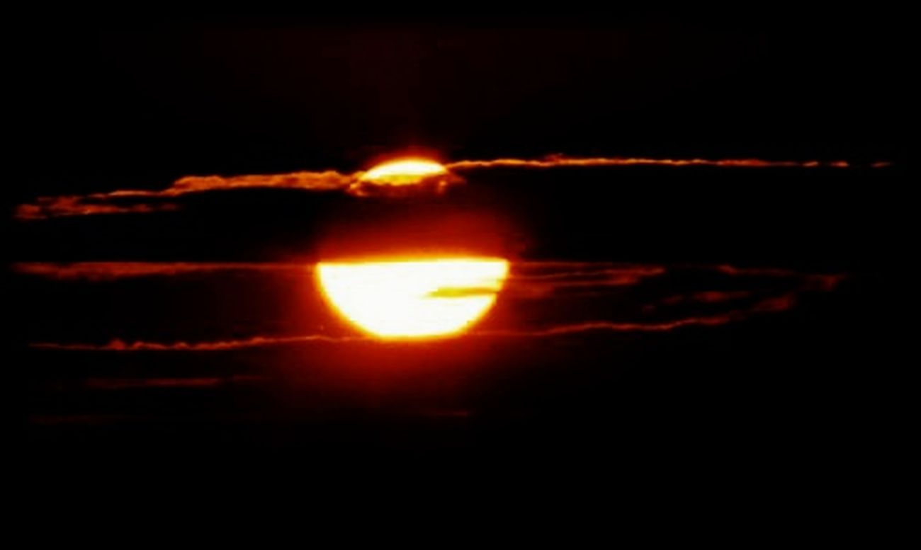 Heat - Temperature Flame Burning Red Healthcare And Medicine Science Dark Night No People Natural Phenomenon Beauty In Nature Close-up Astronomy Black Background Lens - Eye Outdoors Solar Eclipse