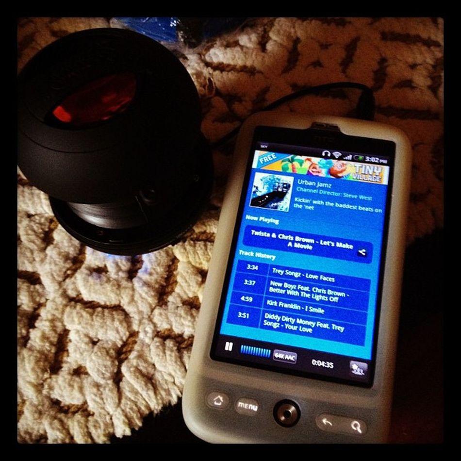 HTC with Xmini Speakers Htcdesire iphone