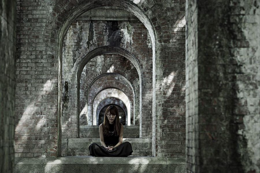 Arch Architecture Archway Girl Woman Light And Shadow Portrait Of A Friend Portrait Of A Woman EyeEm Best Shots - People + Portrait Shootermag EyeEm Best Shots EyeEm Gallery EyeEmBestPics Eye4photography