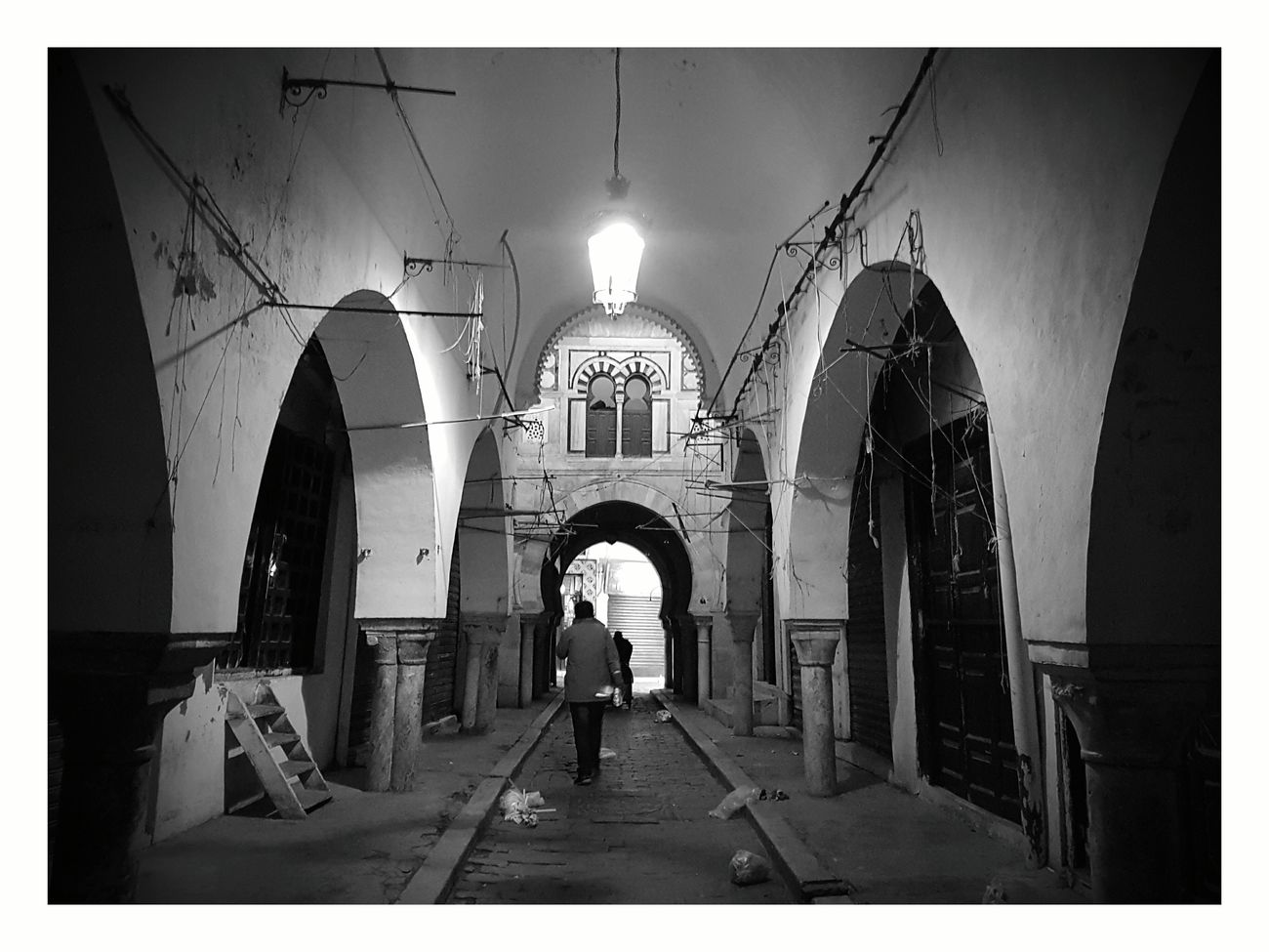 Street Light Outdoors Built Structure History Night Eyeem Tunisie Eyeem Tunisia Architecture Architectural Column Blackandwhite