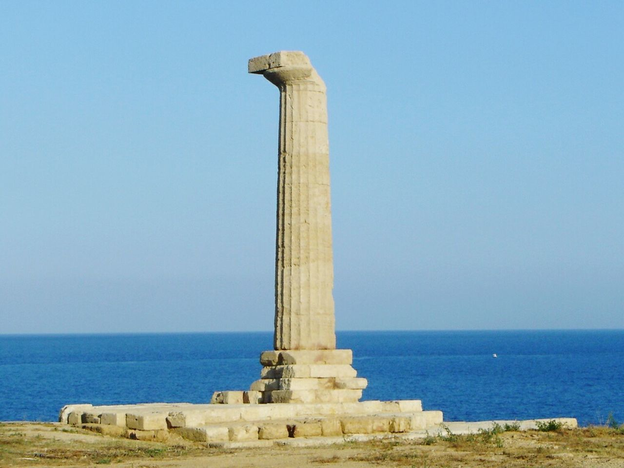 Blue Sea Travel Destinations No People Architecture Greek Column Southern Italy Calabria Archeology Magna Grecia
