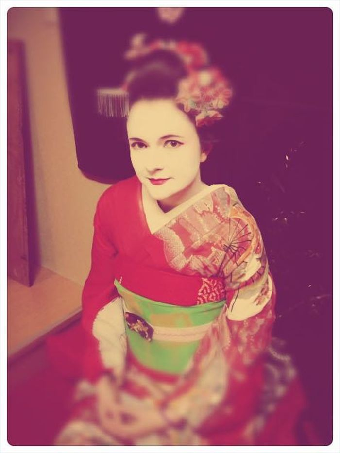 Only Women One Woman Only Portrait People Beautiful Woman Indoors  Geisha Maiko Japan Holiday Souvenirs Kimono Kyoto Japan Kyoto Make-up