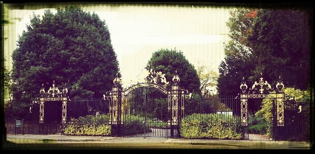 London Regents Park Golden Gates Inner Circle Royal Parks