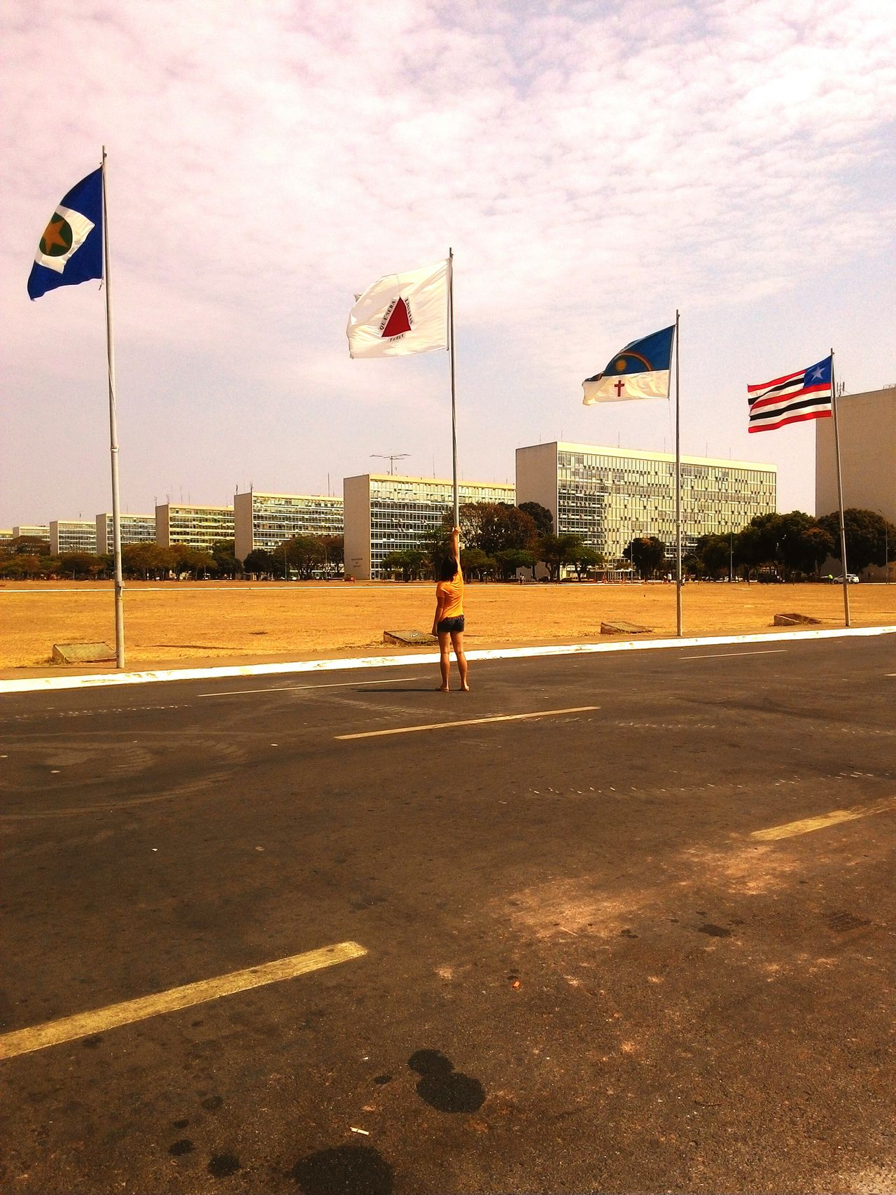 Flag Patriotism Cultures Full Length Sky Cloud - Sky One Person Outdoors Young Adult Minas Gerais Brasília Brasil ♥ Bandeiras