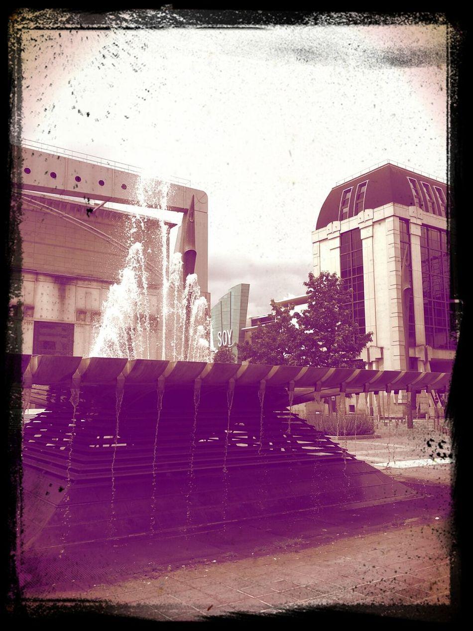 Monocolor Fountain SQY