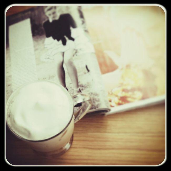 騎樓 喝咖啡 。