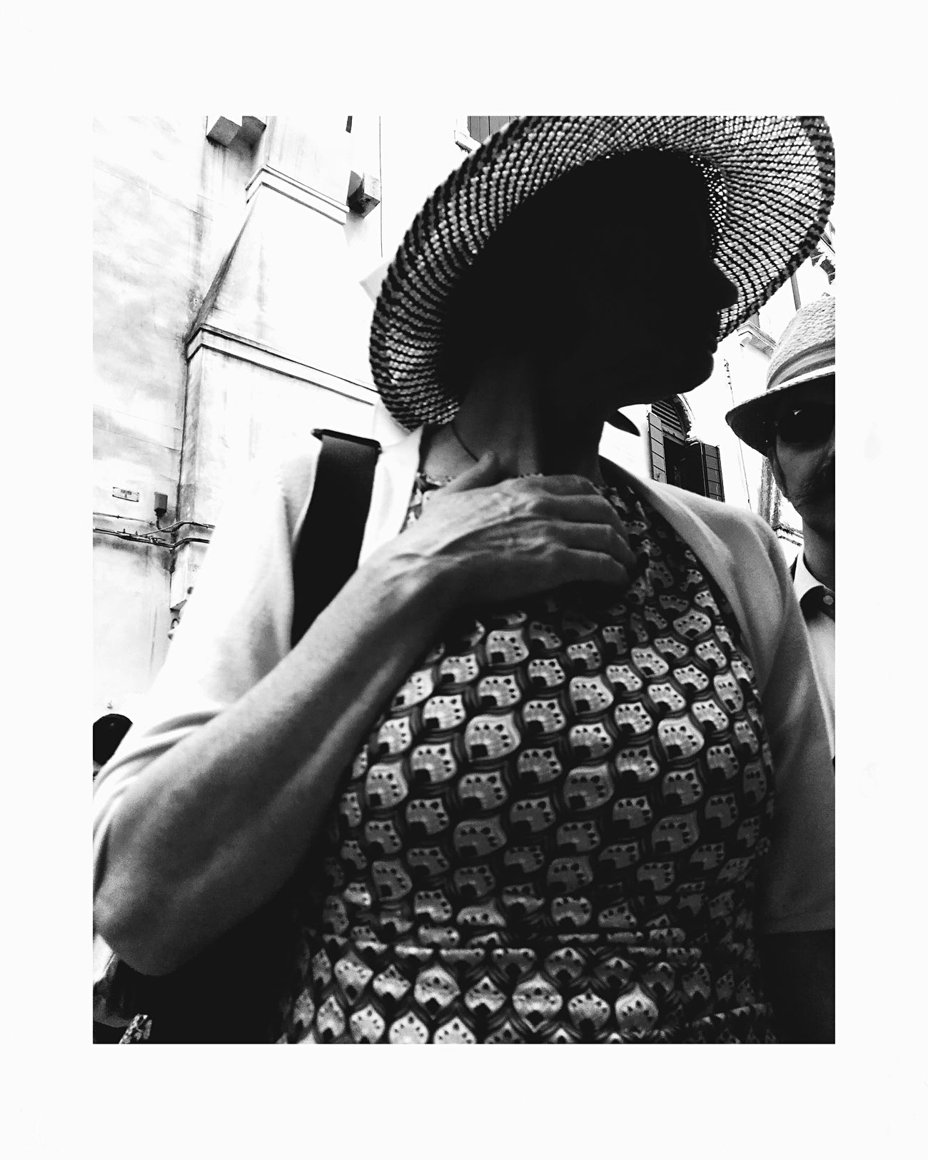 The pose The Street Photographer - 2017 EyeEm Awards Mobilephotography Streetphotography Venezia Streetphoto_bw