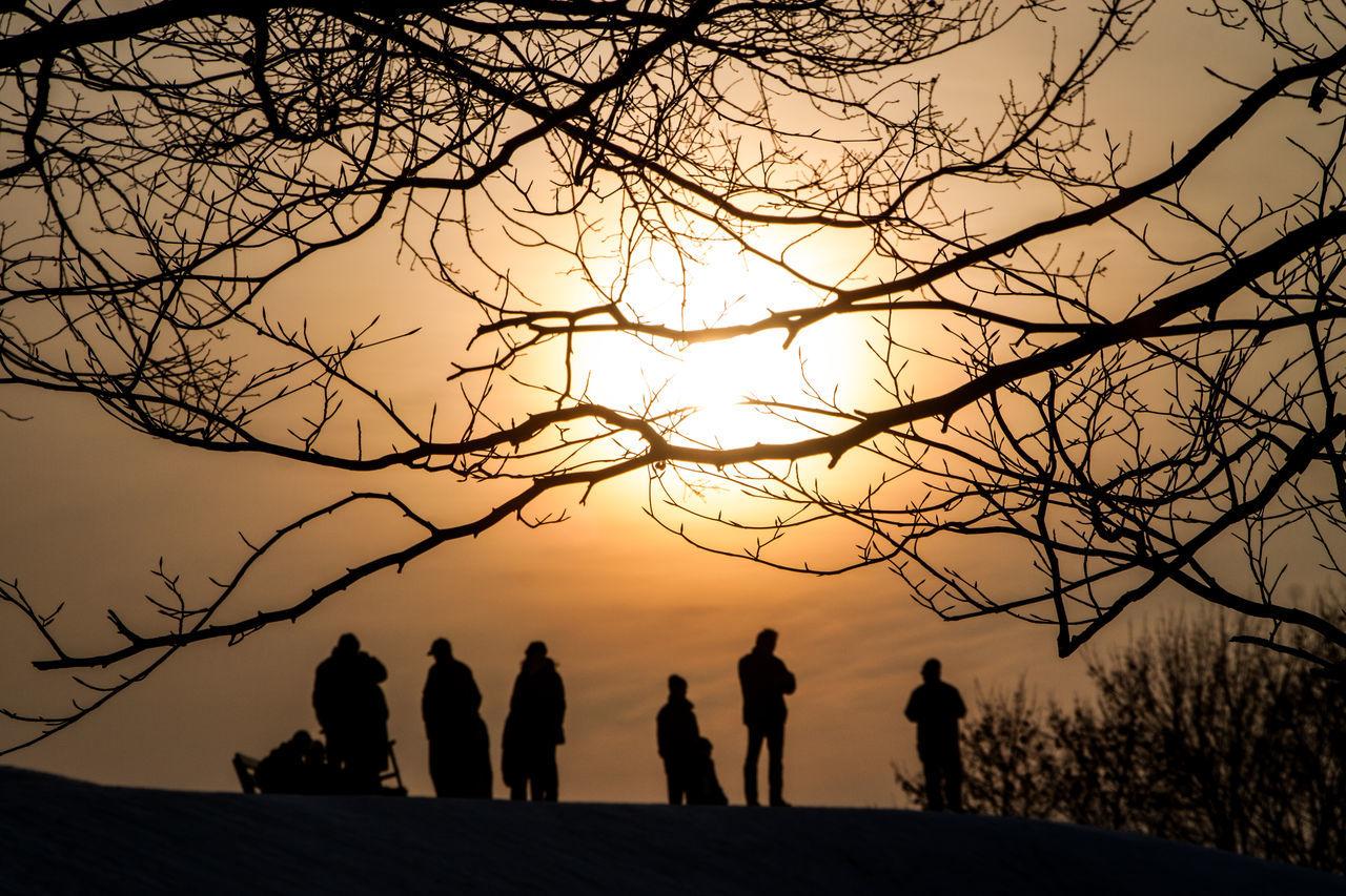 Wintertime in Germany. Berlin Berliner Ansichten Brandenburg Cuvry Brache Cuvrybrache Cuvrystrasse Day Oberbaumbrücke Outdoors Schnee Schneelandschaft Schollen Sonne Sonnenschein  Sunset Winter Winter Wonderland Zugefroren