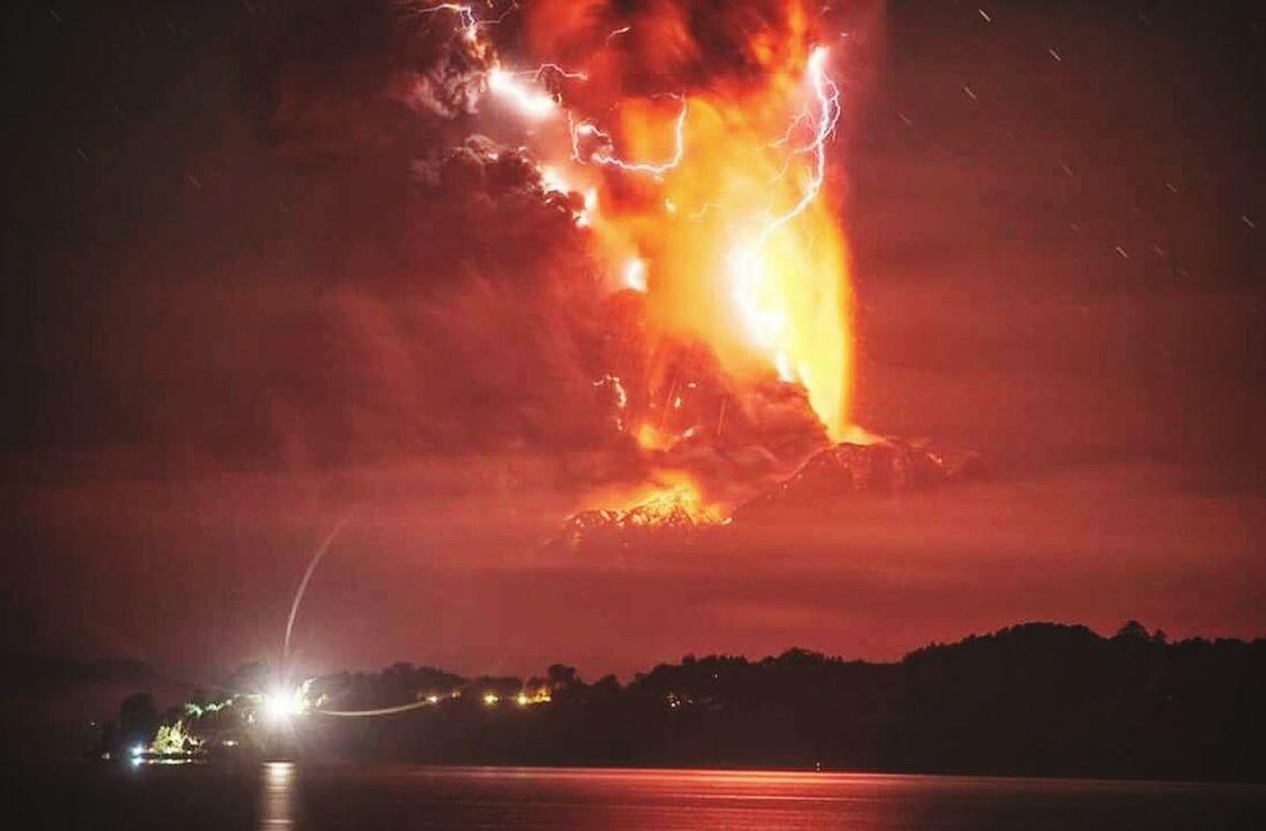 Volcan Calbuco-Chile Erupción Naturaleza Viva Photooftheday