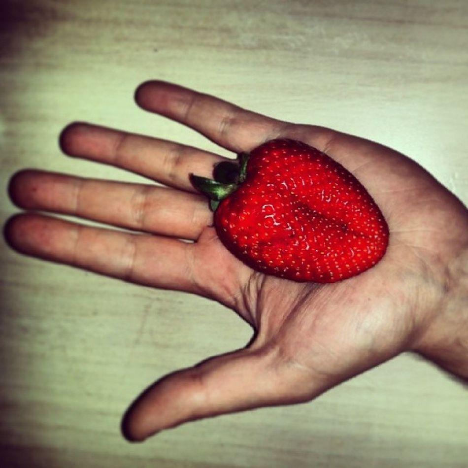 Heart Strawberry Strawberryheart Fragola cuorecrazynaturefunnynature