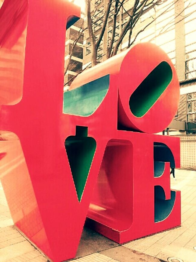 Streetart Love Is In The Air